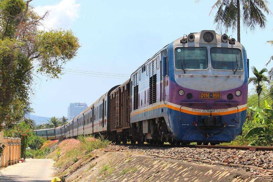 tàu lửa Việt Nam